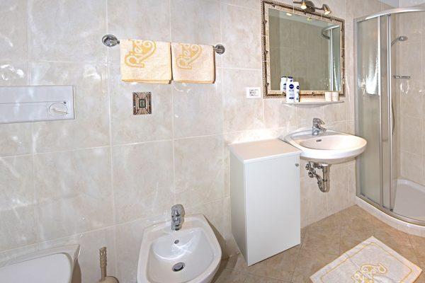 Appartement Riederhof- Ferienwohnung in Passeiertal: Badezimmer